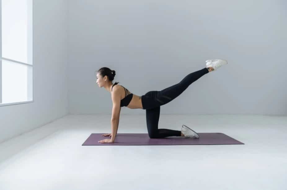 Stay Active, Do yoga while quarantine at home, Yoga routines for your coronavirus self-quarantine, The benefits of yoga and meditation in quarantine, Workout ,Stay physically active during self-quarantine, exercise to do at home, Home Workout and Fitness Tips: Exercising without the Gym