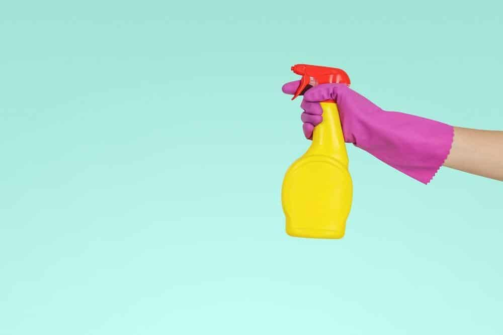 The Best Cleaning Services in Malaysia that Malaysians rely on for cleaning, vacuuming, dusting, washing, wiping furniture floor, rooms, toilets, kitchen oil stains removal